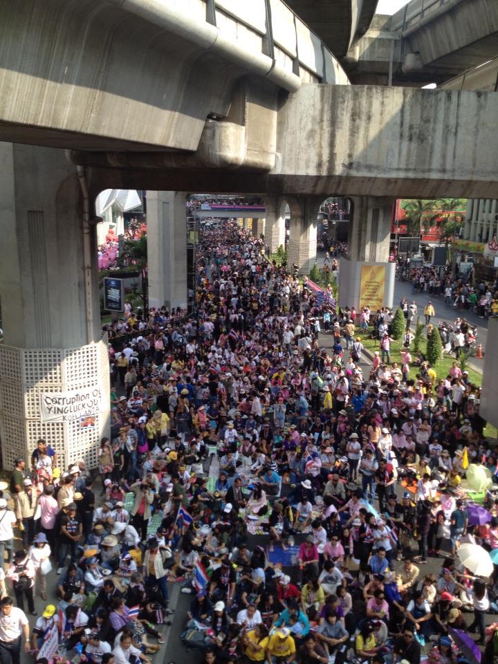 国際ニュース タイ反政府暴動!