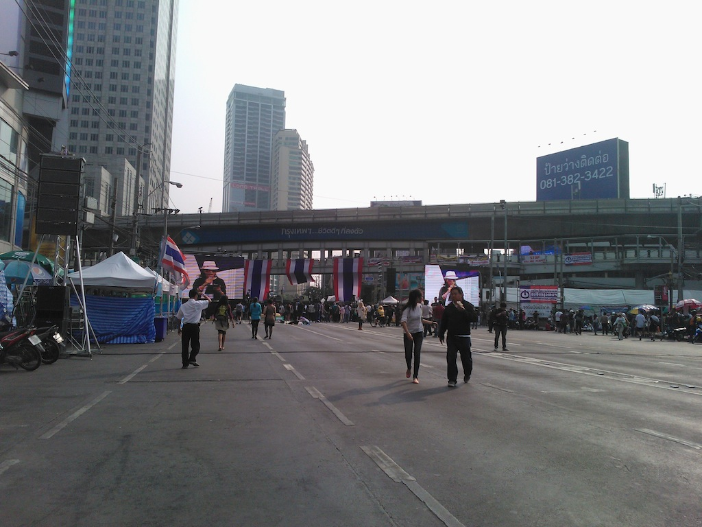 タイ政府 VS 反政府デモ隊 決戦の日は近い?