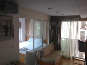 エカマイ プレステージのベッドルームの写真06